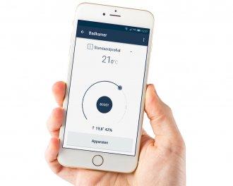 De temperatuur is handig en snel in te stellen op de thermostaat of via de app