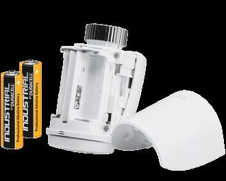 De thermostaatknop werkt op twee AA penlite batterijen. Deze gaan gemiddeld 2 jaar mee voordat ze leeg zijn.