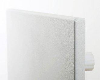 De Heat4All ICONIC Classic serie is randloos afgewerkt. Het oppervlak is staal met een licht gestructureerde poedercoating