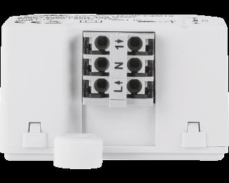 """De module heeft twee sets van drie aansluitklemmen die geschikt zijn voor elektrabedrading met een vaste kern tot 2,5 mm2. L en N zijn fase en nul. Dit zijn de bruine en blauwe draad. """"1"""" is de geschakelde uitgang. Hierop wordt de zwarte schakeldraad voor verlichting of de bruine draad van een elektrische verwarming aangesloten."""