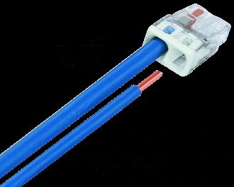 Voorbeeld met de blauwe nul-draad: De 2,5 mm2 installatiedraad in de wand of plafond wordt in de lasklem gestoken. Het stukje 1,5 mm2 installatiedraad wordt aangesloten op de slimme schakelaar, dimmer of drukknop en wordt ook in de lasklem gestoken.