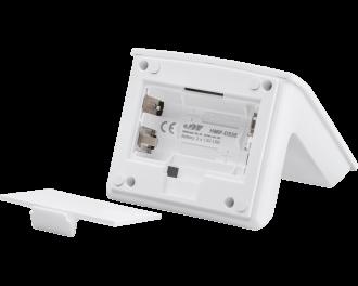 In de voet van de tafelstandaard worden twee AA penlites gebruikt. Deze hebben een dubbele levensduur en capaciteit in vergelijk met de twee AAA mini penlites in de thermostaat of sensor zelf.